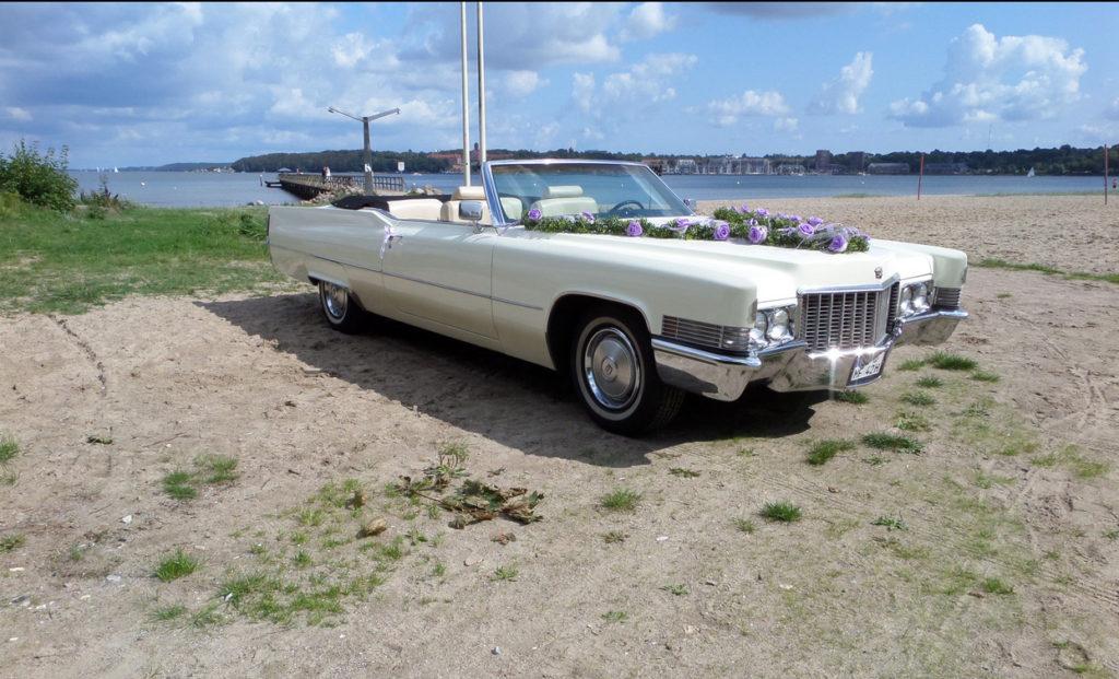 Cadillac am Strand