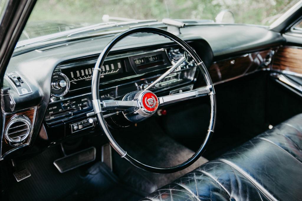Cadillac Fleetwood Cockpit
